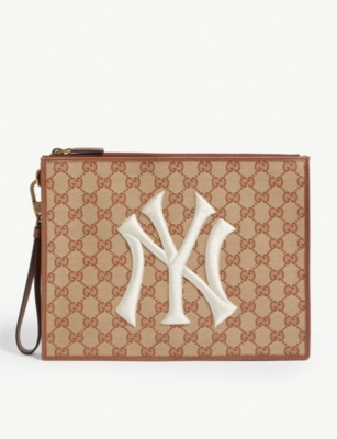 GUCCI NY Yankees canvas pouch
