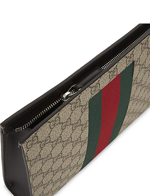 GUCCI Web stripe GG Supreme wash bag