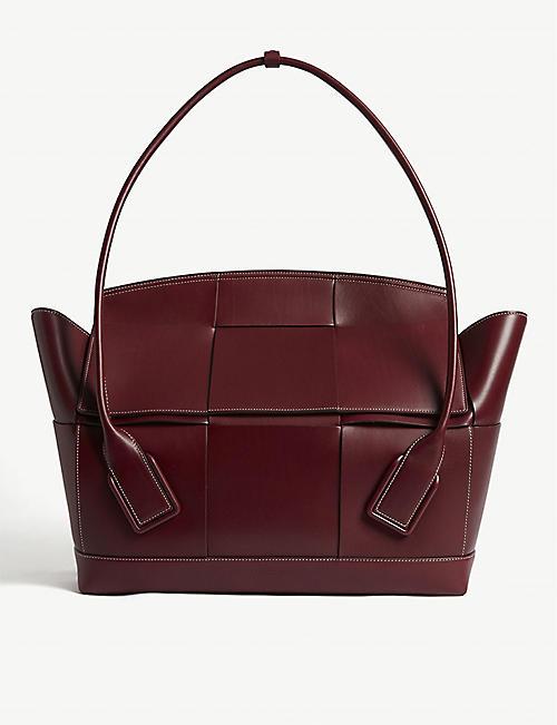 87cd1a0f477c BOTTEGA VENETA Trapeze woven medium leather shoulder bag