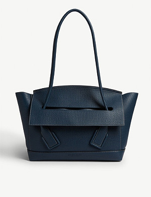 BOTTEGA VENETA Trapeze grained leather shoulder bag