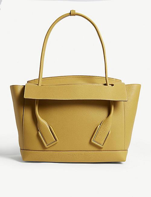 019719d12cab BOTTEGA VENETA Leather Trapeze shoulder bag