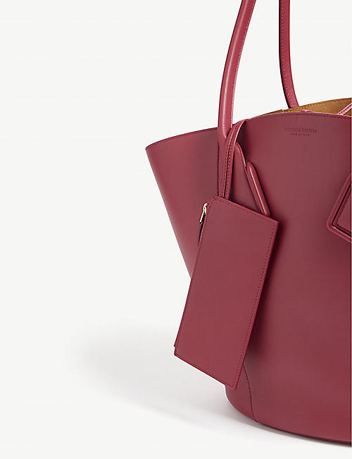 BOTTEGA VENETA Leather tote bag
