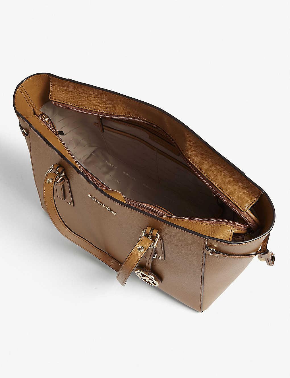 3eaf087aff5984 MICHAEL MICHAEL KORS - Voyager leather tote bag | Selfridges.com
