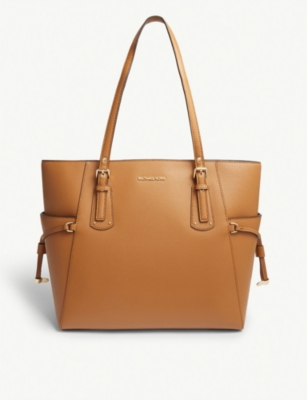 d8cd0a3c13f7 MICHAEL MICHAEL KORS - Voyager leather tote
