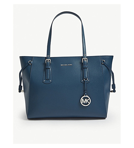 f4d01c35dd28 MICHAEL MICHAEL KORS Voyager medium leather tote (Luxe+teal