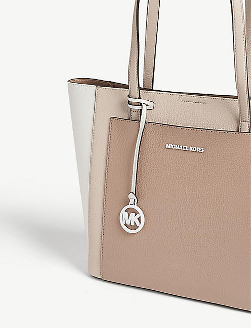 01cf385464bf3d Michael Michael Kors Bags - Tote & Backpacks | Selfridges