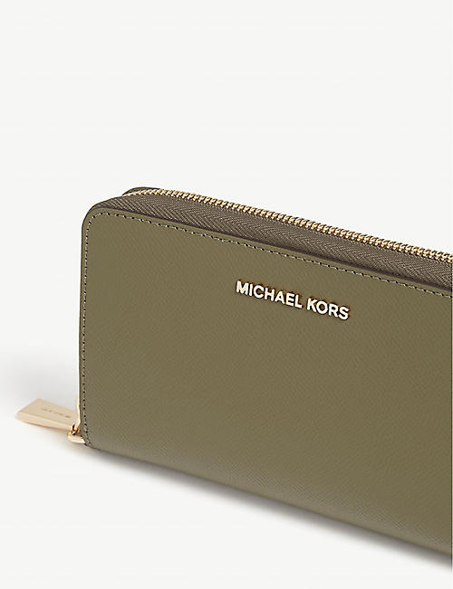 MICHAEL MICHAEL KORS Leather wristlet