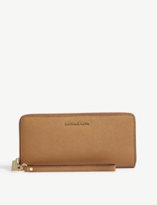 4d239e592683 MICHAEL MICHAEL KORS - Jet Set Travel leather continental zip-around wallet  | Selfridges.com