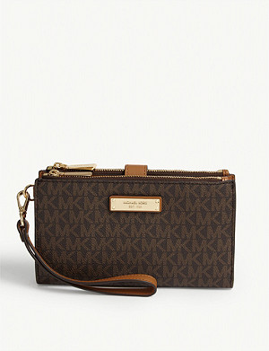 MICHAEL MICHAEL KORS Jet Set grained leather wristlet