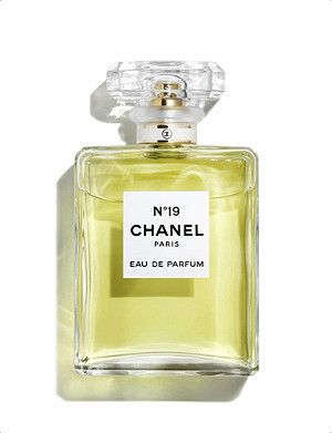 CHANEL Nº19 Eau de Parfum Spray 50ml