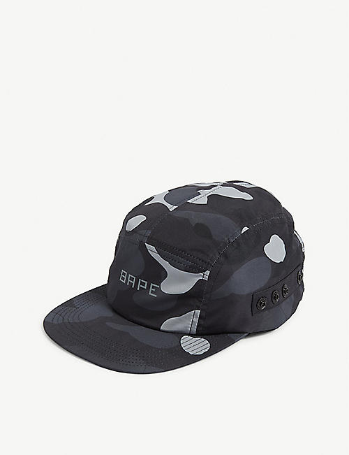 A BATHING APE Camouflage print cap