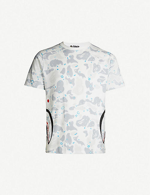 cfcc6f81cd29 A BATHING APE Space Shark camouflage-print cotton-jersey T-shirt
