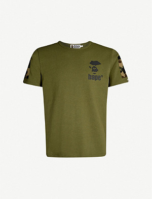 A BATHING APE Camouflage pocket cotton T-shirt