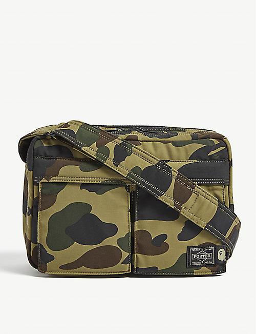 A BATHING APE Camouflage-print shoulder bag 88e11115ad01b