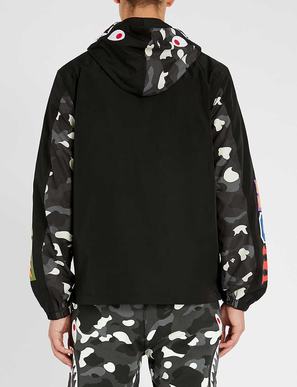 302a7297919 A BATHING APE - Camo-shark shell jacket