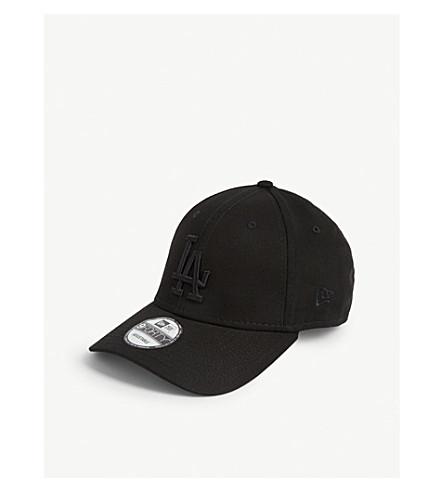New Era 9forty Los Angeles Dodgers Cotton Cap In Black/black