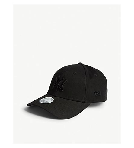 New Era New York Yankees 9forty Baseball Cap In Black/black