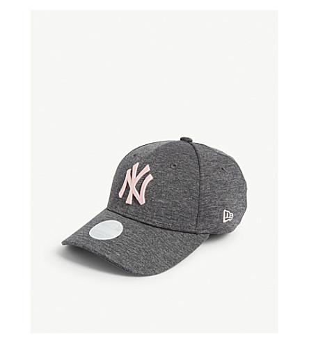 New Era New York Yankees 9forty Baseball Cap In Gray/pink