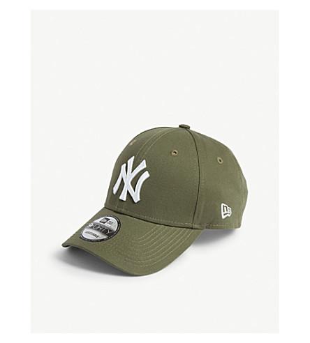 New Era New York Yankees 9forty Baseball Cap In Olive/optic White