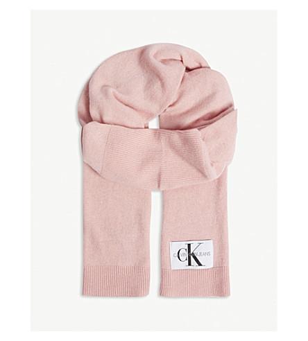 b01afe43bd CALVIN KLEIN JEANS Basic knitted scarf (Chintz+rose