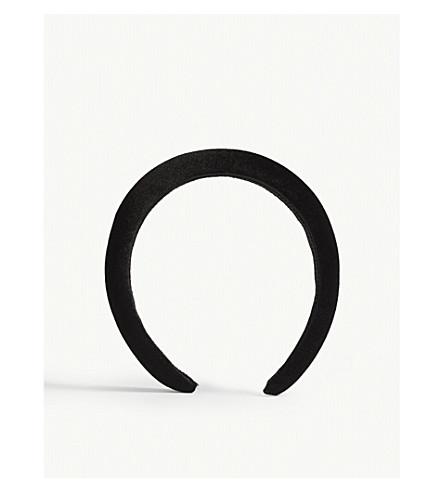 ... JENNIFER BEHR Beda velvet headband (Black. PreviousNext d497e43e59e