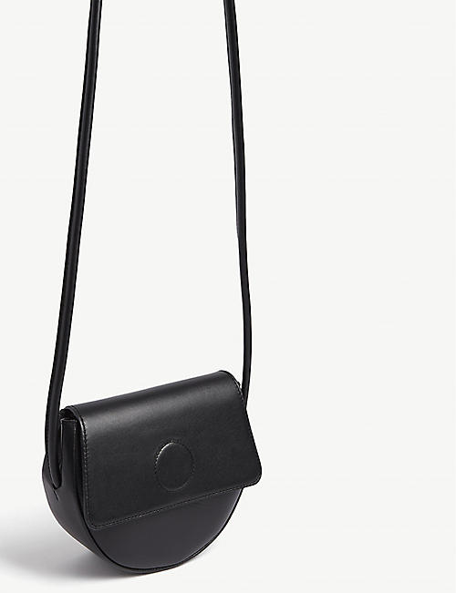 MODERN WEAVING Trapeze cross-body bag