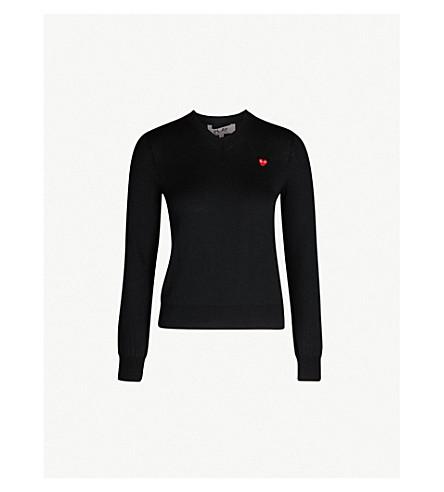 30723e72458f COMME DES GARCONS PLAY - Heart-appliqué V-neck cotton sweater ...