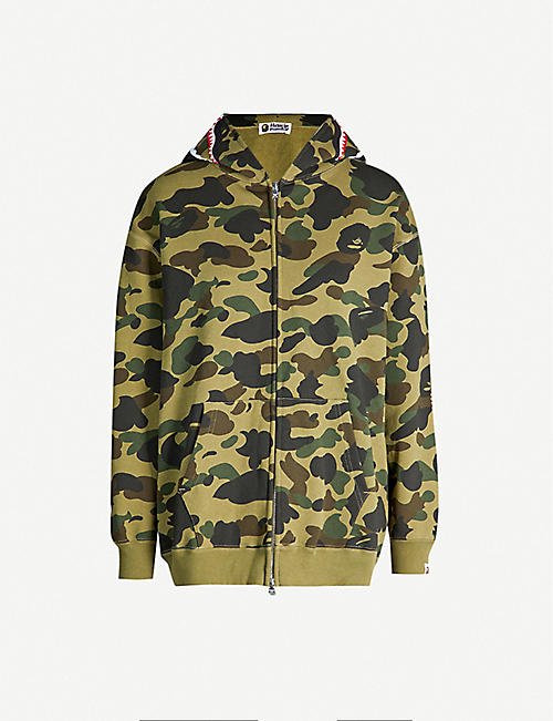 a20f0328 BAPE Camouflage shark cotton hoody