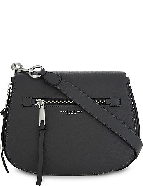 9bd4bffaa464 MARC JACOBS - Recruit leather saddle bag