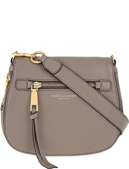 739d2eef4f47 MARC JACOBS Recruit small grained leather saddle bag