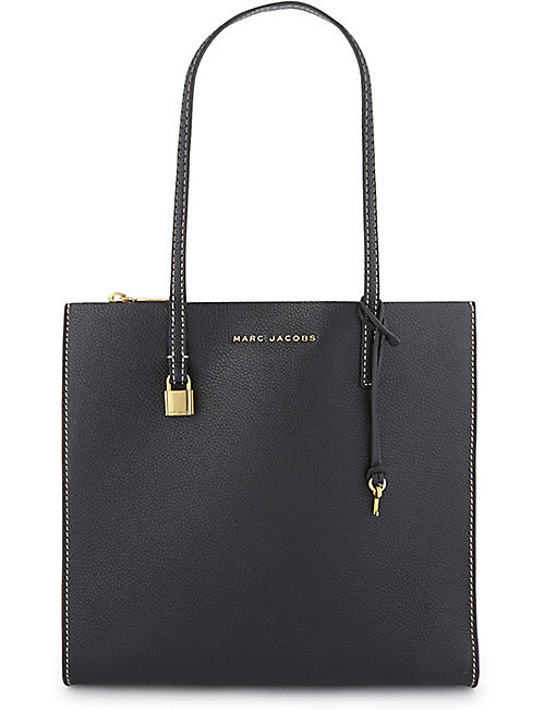 81388c55d057 MARC JACOBS The Grind leather tote