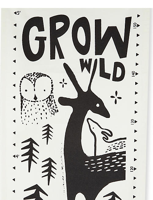 WEE GALLERY Woodland creatures organic canvas growth chart