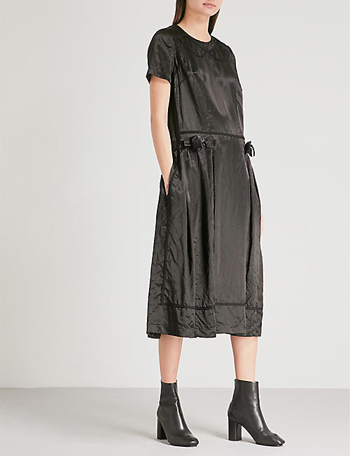 COMME COMME DES GARCONS Bow-detail embroidered satin midi dress