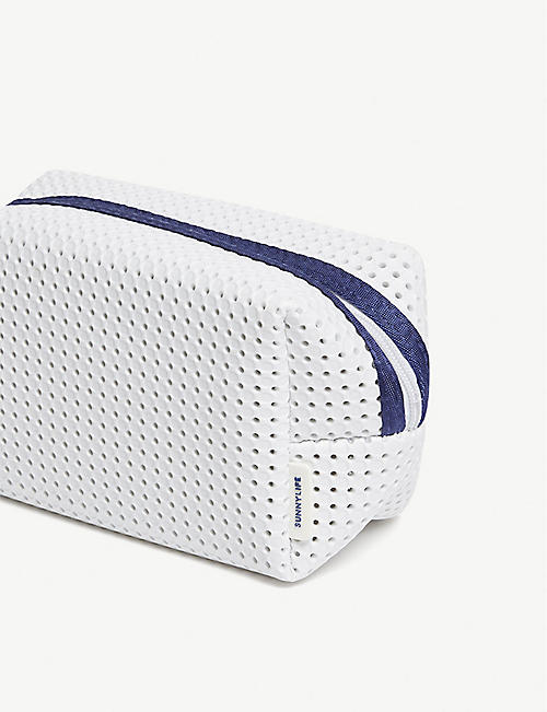 SUNNYLIFE Refresh cosmetic bag