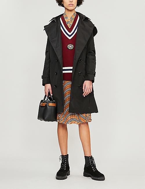 8eb2cc232205e BURBERRY The Kensington check-lined cotton-gabardine trench coat