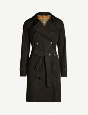 BURBERRY The Kensington check-lined cotton-gabardine trench coat