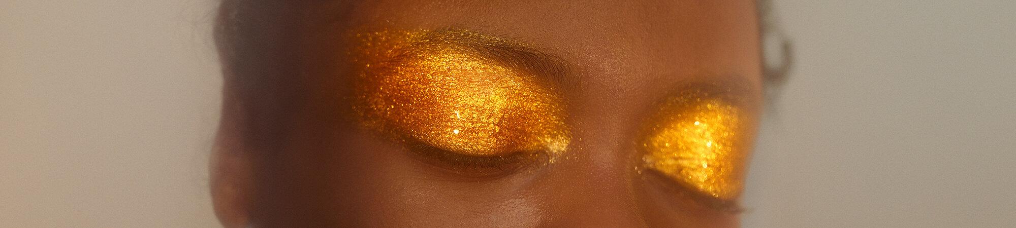 Beauty - Make-up, Skincare, Gift Sets & more | Selfridges