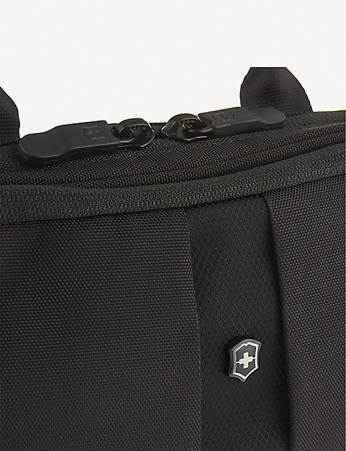 VICTORINOX Slimline toiletry bag