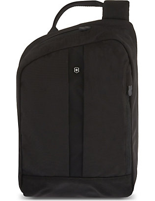 VICTORINOX: Gear Sling messenger bag