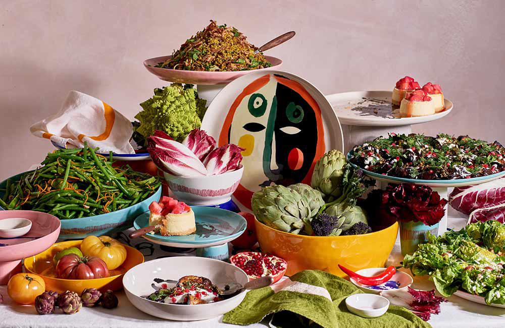 DINNER PARTY-WORTHY TABLEWARE