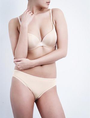 5ff16ee110 CHANTELLE - Irresistible underwired push-up bra