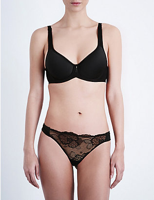WACOAL: Basic Beauty Contour plunge bra