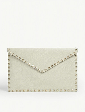 VALENTINO Rockstud grained leather envelope clutch