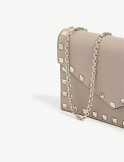 VALENTINO Rockstud wallet-on-chain