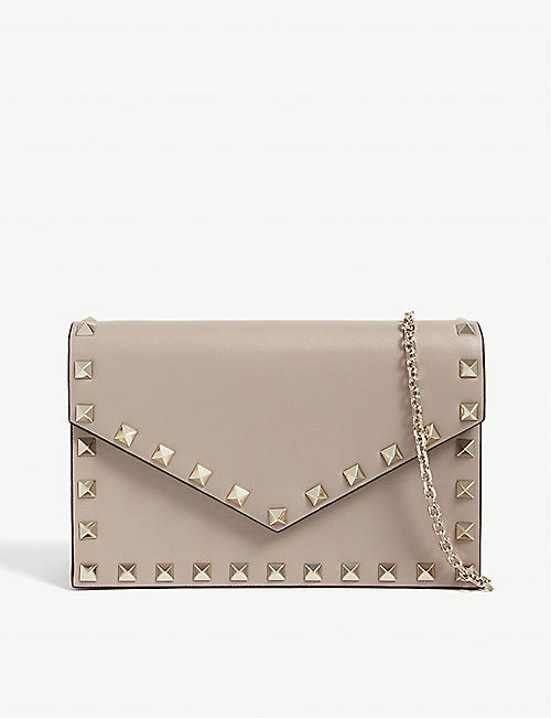 2a8171f781a2 VALENTINO Rockstud wallet-on-chain