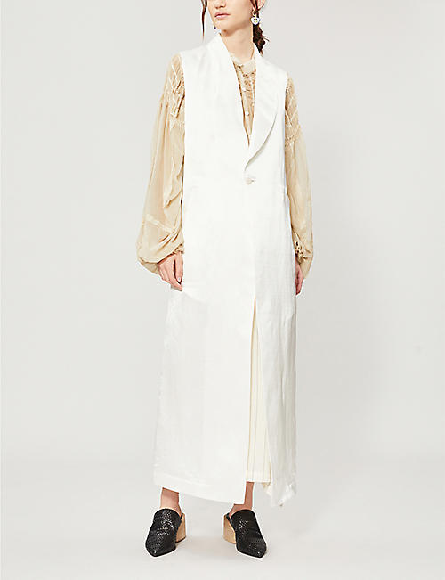ISABEL BENENATO Sleeveless linen and silk-blend coat