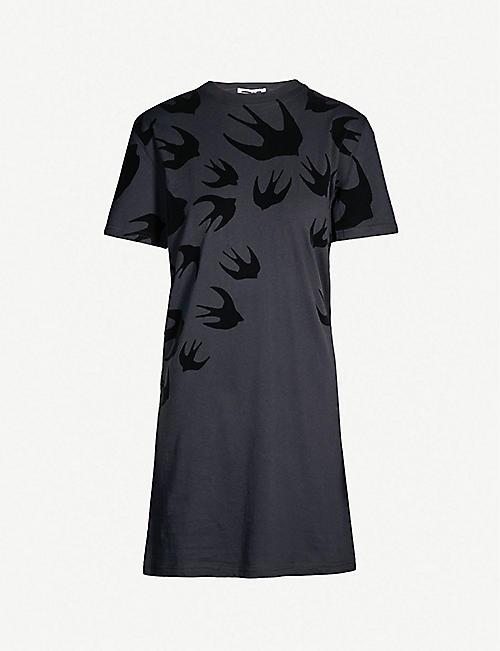 f1bdd05919 MCQ ALEXANDER MCQUEEN Swallow-print cotton-jersey dress