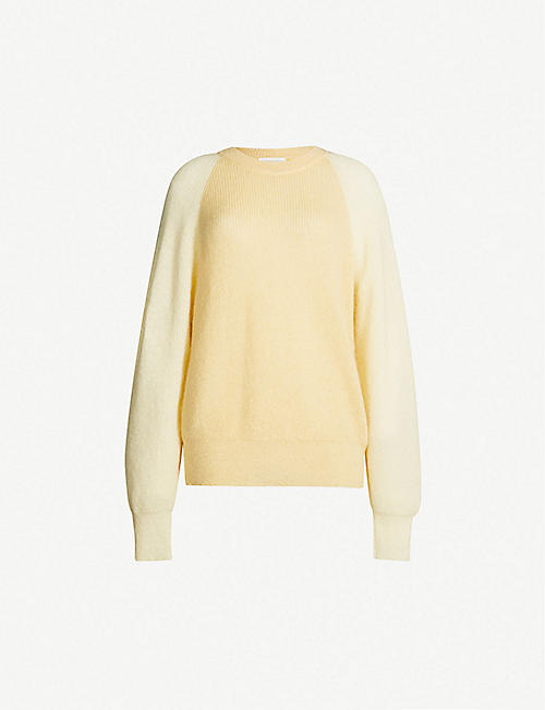 02be02b1e0 STINE GOYA Jack contrast-sleeve oversized waffle-knit jumper