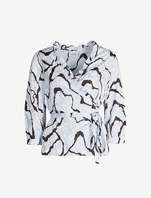 GESTUZ Aylin ripple-print satin blouse