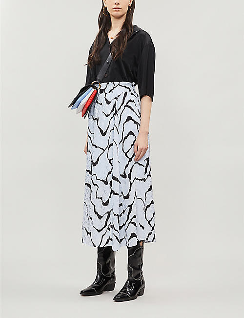 GESTUZ Aylin ripple-print satin midi skirt